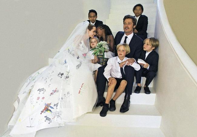Brad Pitt khóc vì không được gặp các con sau khi Angelina Jolie nộp đơn ly hôn - Ảnh 1.
