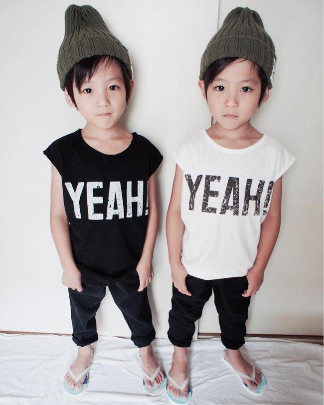 Hai anh em sinh đôi chỉ mới 5 tuổi này đang làm mưa làm gió Instagram vì quá dễ thương! - Ảnh 1.