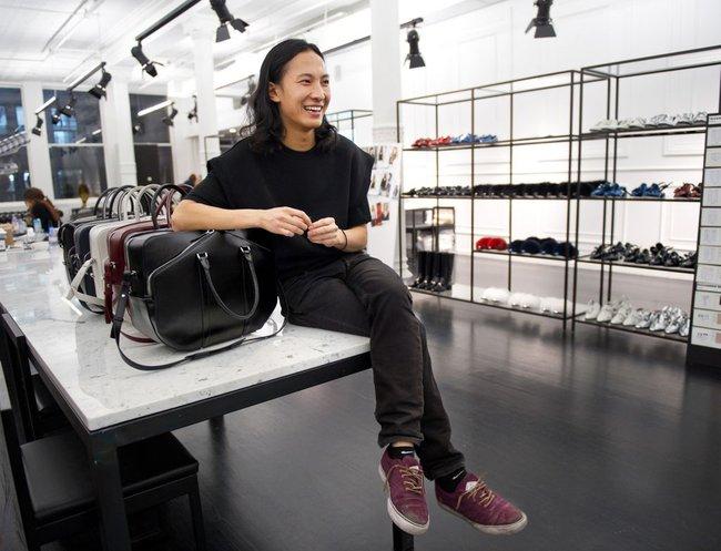 Lo tiết kiệm tiền đi, bởi lại đến Alexander Wang sẽ hợp tác cùng Adidas đấy! - Ảnh 2.