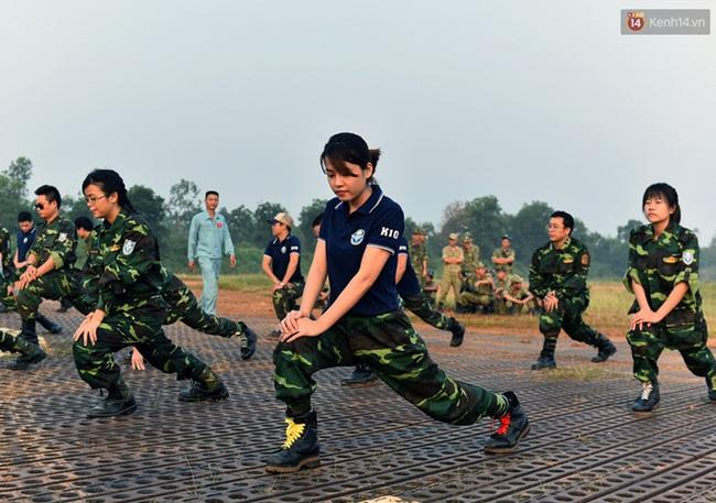 Màn cầu hôn của chàng bác sĩ Hà Nội và nữ giảng viên ĐH Kiến Trúc trước khi nhảy dù - Ảnh 12.