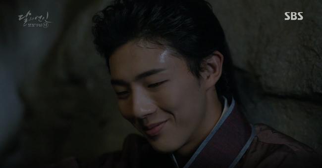 """Moon Lovers: """"Mười"""" Baekhyun chính thức có nụ hôn màn ảnh đầu tiên! - Ảnh 17."""