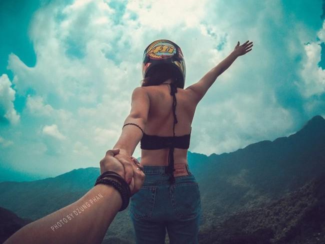 Đây chính là bộ ảnh Nắm tay em đi khắp thế gian phiên bản Việt đẹp và lãng mạn nhất! - Ảnh 2.