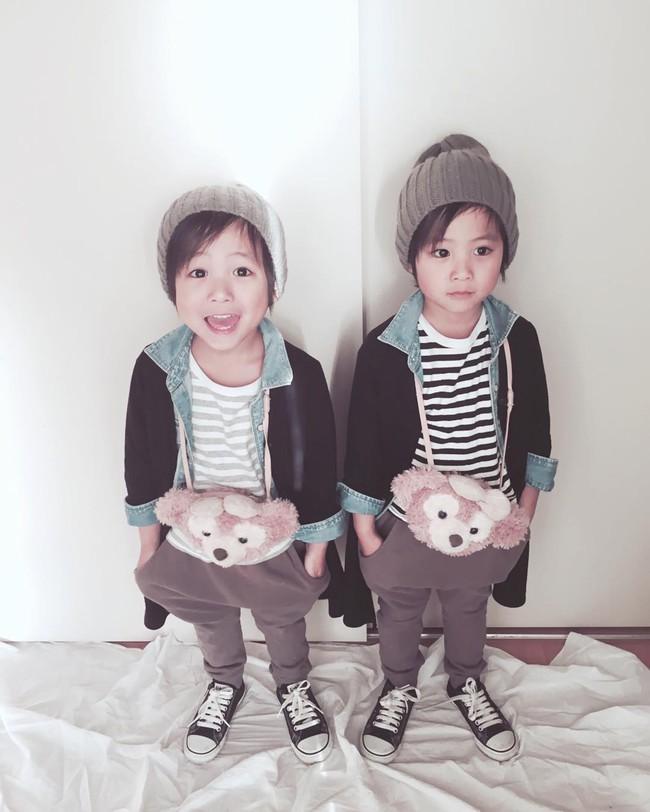 Hai anh em sinh đôi chỉ mới 5 tuổi này đang làm mưa làm gió Instagram vì quá dễ thương! - Ảnh 16.