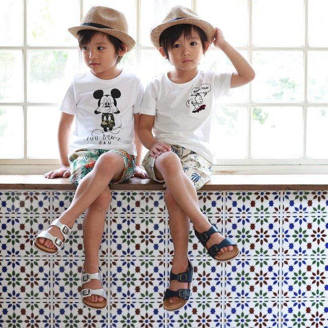 Hai anh em sinh đôi chỉ mới 5 tuổi này đang làm mưa làm gió Instagram vì quá dễ thương! - Ảnh 9.