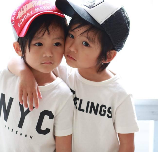 Hai anh em sinh đôi chỉ mới 5 tuổi này đang làm mưa làm gió Instagram vì quá dễ thương! - Ảnh 25.