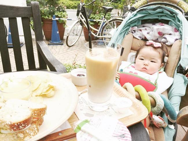 Cô bé Nhật mũm mĩm vừa ngủ vừa ăn khiến dân mạng xuýt xoa vì quá đáng yêu - Ảnh 12.