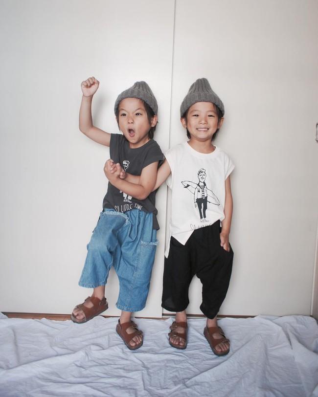 Hai anh em sinh đôi chỉ mới 5 tuổi này đang làm mưa làm gió Instagram vì quá dễ thương! - Ảnh 12.
