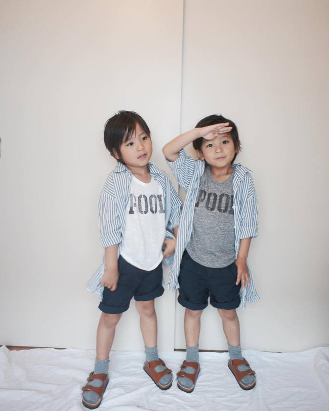 Hai anh em sinh đôi chỉ mới 5 tuổi này đang làm mưa làm gió Instagram vì quá dễ thương! - Ảnh 6.