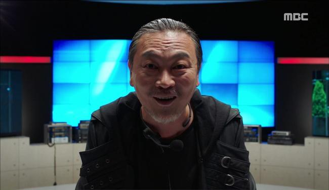 """""""W - Two Worlds: Không ai có thể tin nổi sát thủ áo đen lại là người này! - Ảnh 20."""