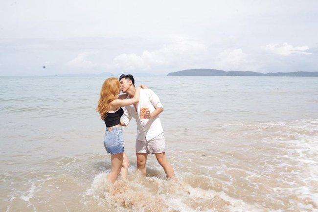 Bất ngờ bị tuýt còi dù chưa ra mắt, Hương Giang Idol tháo mác 18+ cho MV mới - Ảnh 9.