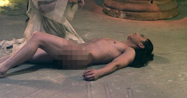 Dì ghẻ Ngô Thanh Vân tung ảnh nóng của Thái tử Isaac và Tấm Hạ Vi - Ảnh 1.