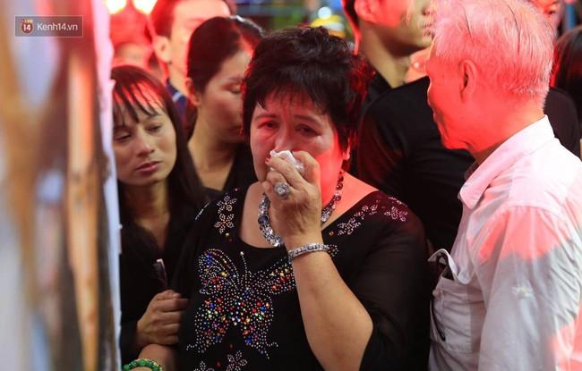 Bố bật khóc khi ca khúc Nỗi đau ngọt ngào của Minh Thuận vang lên - Ảnh 2.