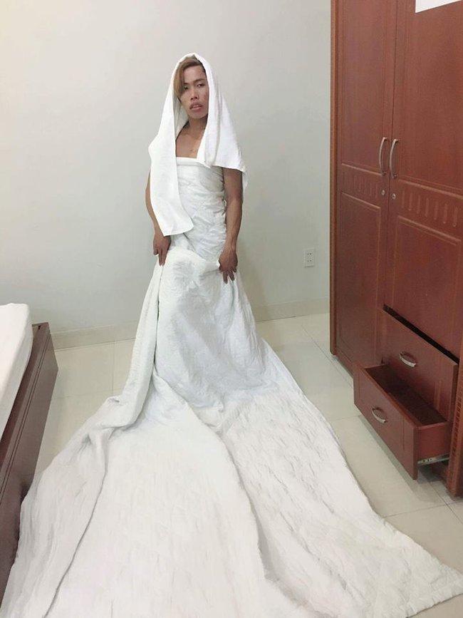 Công chúa Thủy tề Tùng Sơn đã có quản lý riêng, nhận quảng cáo và siêu chảnh - Ảnh 1.
