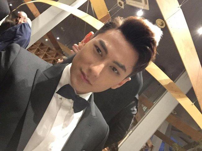 Isaac điển trai sải bước trên thảm đỏ liên hoan phim quốc tế Busan cùng dàn sao Hàn đình đám - Ảnh 1.