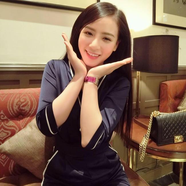 Cô gái Việt vô danh bỗng được cư dân mạng Trung Quốc săn lùng vì... quá xinh - Ảnh 10.