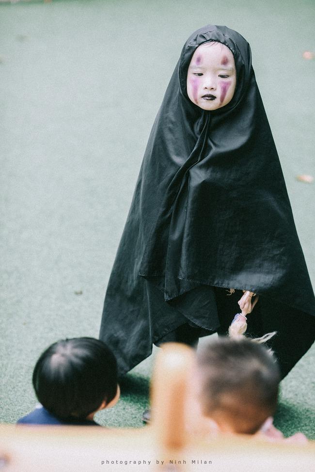 Không kém cạnh cô bé Đài Loan, Vô Diện nhí phiên bản Việt cũng đáng yêu vô cùng! - Ảnh 3.