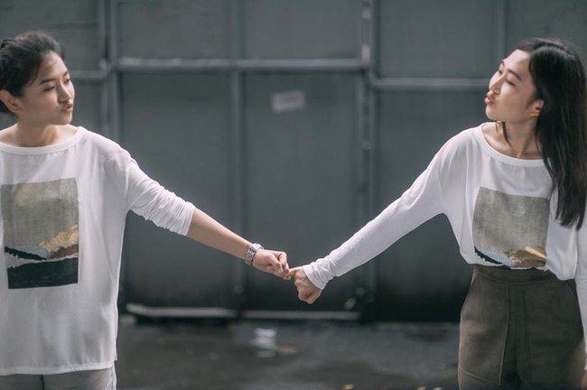 Bộ ảnh tình yêu của hai cô gái Thái Lan sẽ khiến bạn tan chảy vì quá dễ thương! - Ảnh 6.