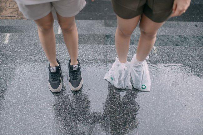 Bộ ảnh tình yêu của hai cô gái Thái Lan sẽ khiến bạn tan chảy vì quá dễ thương! - Ảnh 12.