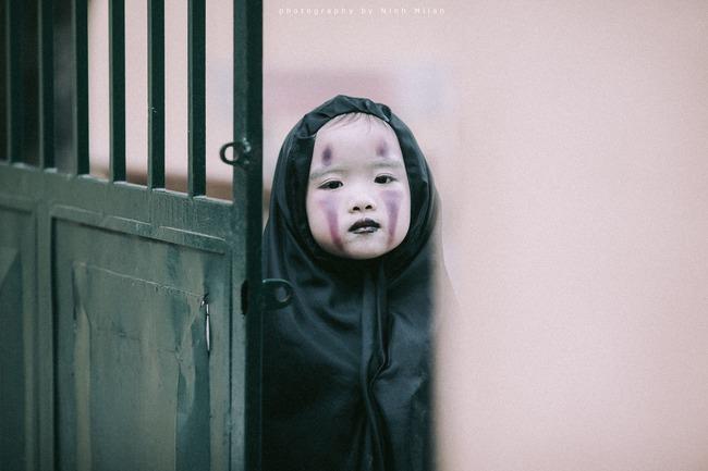 Không kém cạnh cô bé Đài Loan, Vô Diện nhí phiên bản Việt cũng đáng yêu vô cùng! - Ảnh 2.