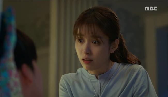 """""""W"""": Từ cuộc đời vạn người mê, Lee Jong Suk và Han Hyo Joo giờ đây không khác gì ăn mày - Ảnh 19."""