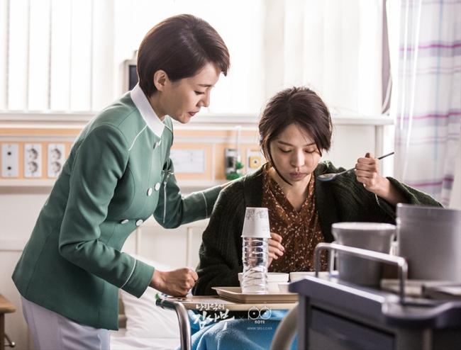 Romantic Doctor, Teacher Kim - Ngành Y lại tỏa sức hấp dẫn trên màn ảnh nhỏ Hàn dịp cuối năm - Ảnh 17.