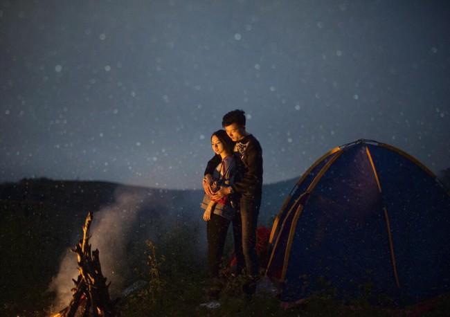 Bộ ảnh cưới trên cung đường phượt tuyệt đẹp của cặp đôi yêu nhau từ cái nhìn đầu tiên - Ảnh 6.