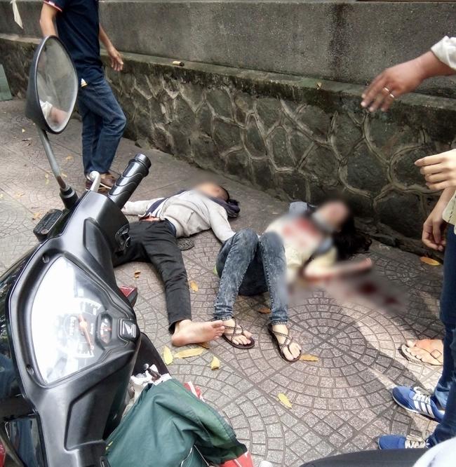 Nam thanh niên dùng dao đâm bạn gái rồi tự sát ở trung tâm Sài Gòn - Ảnh 1.