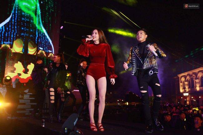Hồ Ngọc Hà, Noo Phước Thịnh đốt cháy sân khấu Hà Nội ngày cuối năm - Ảnh 2.
