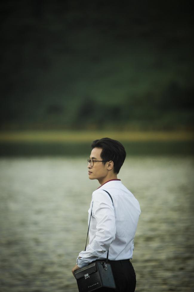Hà Anh Tuấn và Thanh Hằng hôn nhau đầy tình cảm trong MV - Ảnh 7.