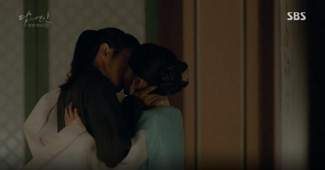 """Moon Lovers: """"Mười"""" Baekhyun chính thức nhận cát-xê về nhà! - Ảnh 24."""