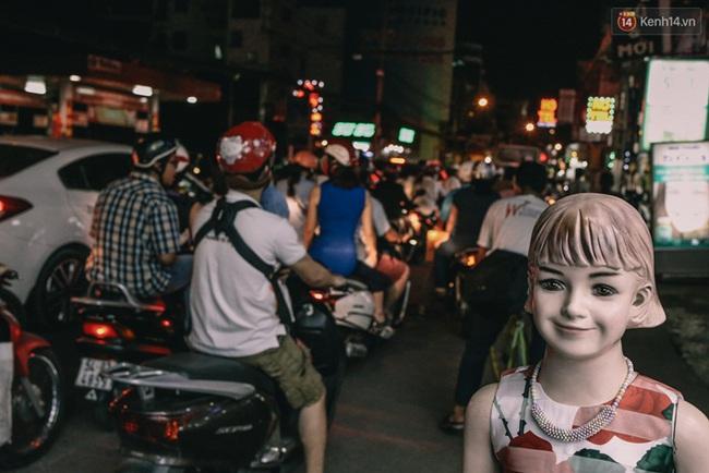 Phát điên, ngộp thở vì cảnh giờ nào cũng kẹt xe, chỗ nào cũng kẹt xe ở Sài Gòn - Ảnh 18.