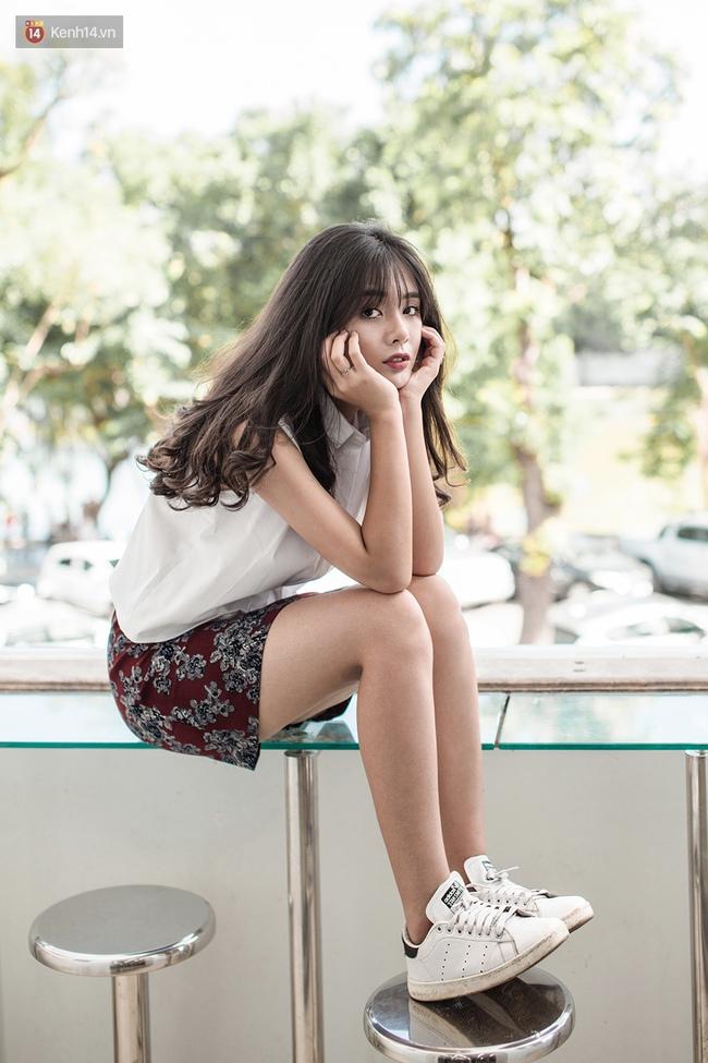 Diện chân váy mini suốt 7 ngày không chán nhờ 7 công thức siêu xinh - Ảnh 2.