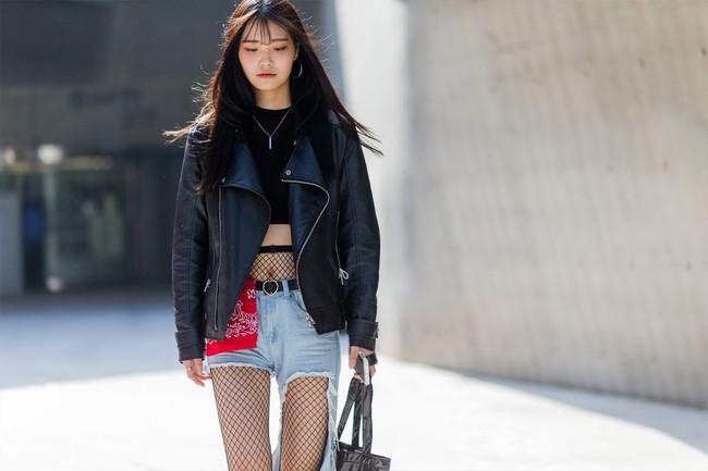 5 xu hướng làm đẹp con gái Hàn lăng xê liên tục tại Tuần lễ thời trang Seoul - Ảnh 2.