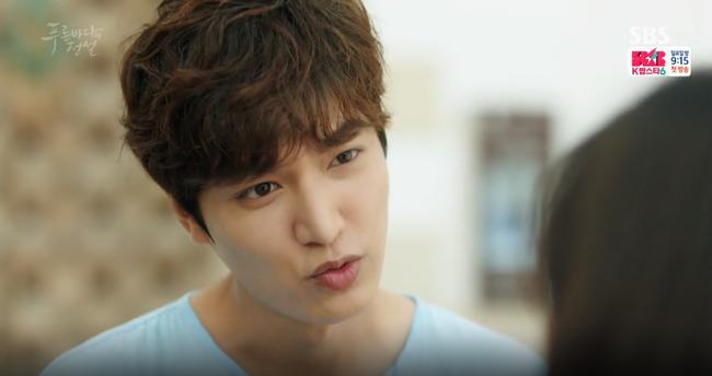 """Blue Sea: """"Thánh bịp"""" Lee Min Ho phát hiện Jeon Ji Hyun là người cá - Ảnh 15."""