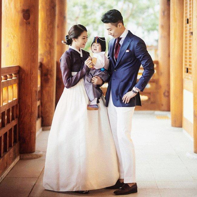 Loạt ảnh siêu cấp đáng yêu của ông bố điển trai cao 1m92 và cô con gái tí hon - Ảnh 14.