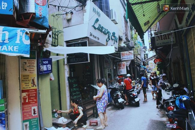 Có gì ở những con đường, con ngõ ngắn nhất trong lòng phố cổ Hà Nội - Ảnh 4.