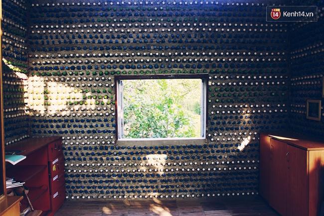 Ngôi nhà đặc biệt xây bằng 8.800 vỏ chai nhựa ở Hà Nội - Ảnh 3.
