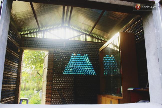 Ngôi nhà đặc biệt xây bằng 8.800 vỏ chai nhựa ở Hà Nội - Ảnh 5.