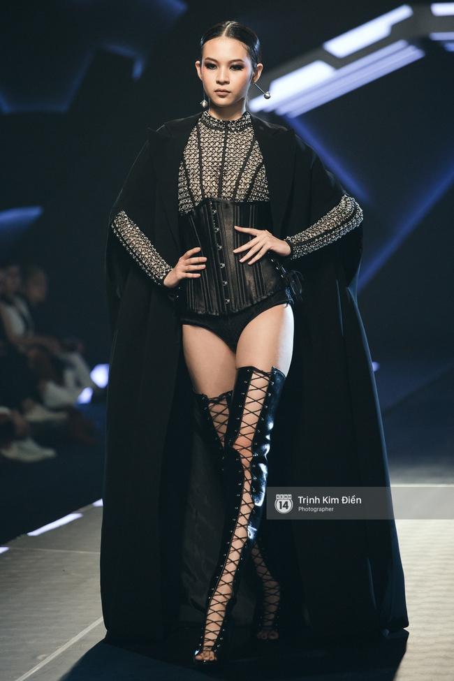 Mai Ngô và Lilly Nguyễn nổi nhất show Chung Thanh Phong vì... chân quá to và ngắn - Ảnh 9.