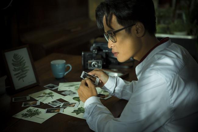 Hà Anh Tuấn và Thanh Hằng hôn nhau đầy tình cảm trong MV - Ảnh 13.