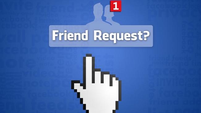 Lãnh đạo cúi đầu xin lỗi vì nhân viên vệ sinh kết bạn Facebook với phụ nữ theo thông tin tìm được trong đống rác - Ảnh 2.
