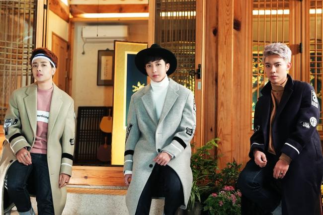 Monstar tiếp tục ra mắt MV thực hiện tại Hàn Quốc, đóng cặp với nữ diễn viên phim Hậu Duệ Mặt Trời - Ảnh 7.