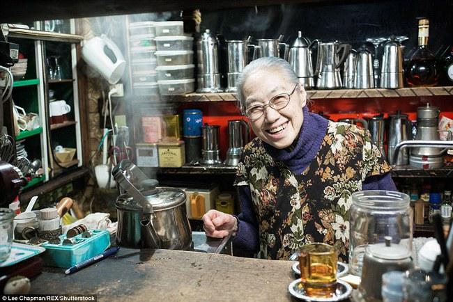 Chùm ảnh cho thấy tinh thần làm việc đáng khâm phục của người cao tuổi Nhật Bản - Ảnh 3.