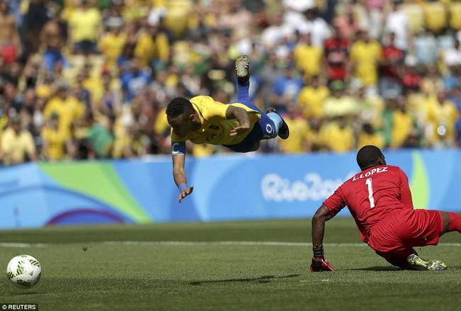 Neymar lập kỷ lục Olympic trong ngày Brazil vào chung kết với chiến thắng 6 sao - Ảnh 4.
