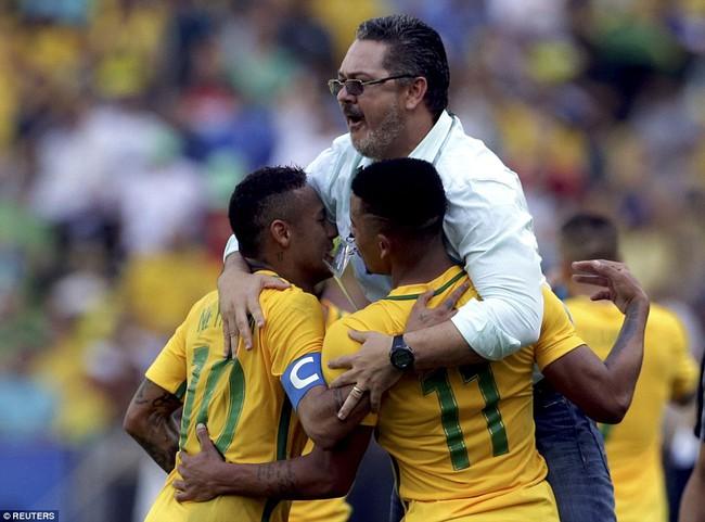 Neymar lập kỷ lục Olympic trong ngày Brazil vào chung kết với chiến thắng 6 sao - Ảnh 10.