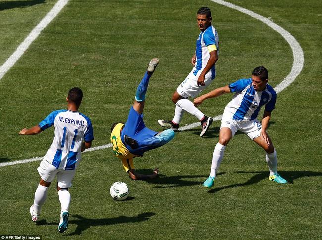 Neymar lập kỷ lục Olympic trong ngày Brazil vào chung kết với chiến thắng 6 sao - Ảnh 8.