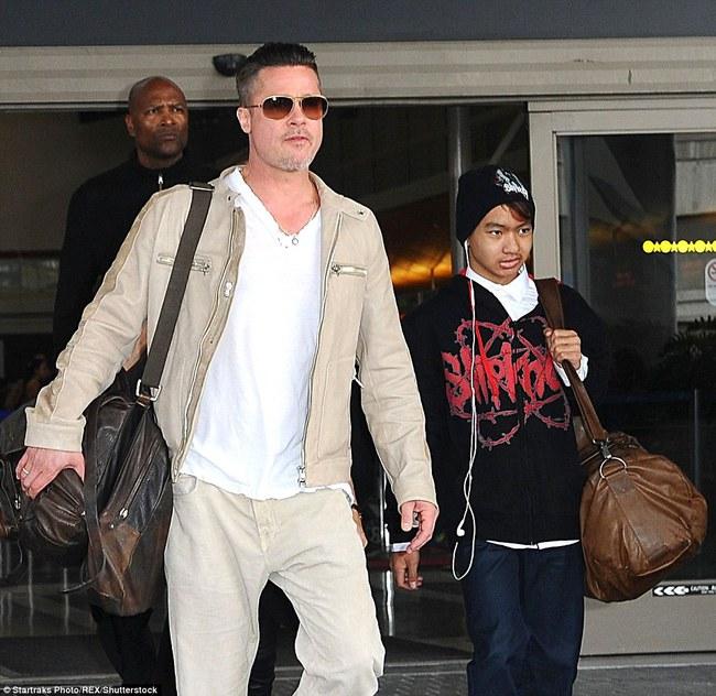 Cận cảnh tổ ấm mới của Angelina Jolie và các con trong lúc ly hôn Brad Pitt - Ảnh 9.