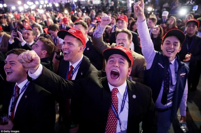 Ông Donald Trump chính thức trở thành Tổng thống thứ 45 của Mỹ - Ảnh 5.