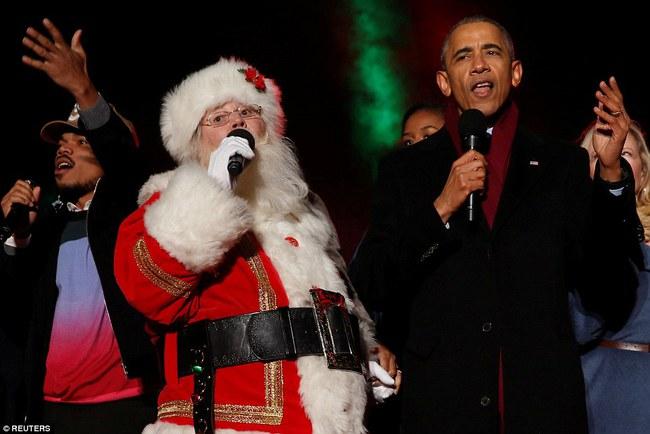Vậy là lần cuối cùng, gia đình ông Obama thắp cây thông Noel trong mùa giáng sinh tại Nhà Trắng - ảnh 15