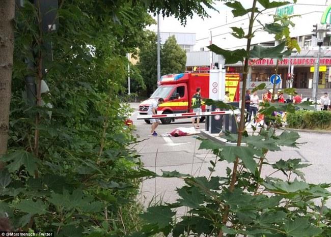 Đức: Xả súng tại trung tâm thương mại thành phố Munich, ít nhất 6 người chết - Ảnh 5.